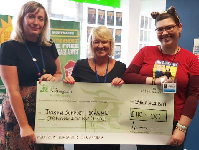 Mansfield-cheque-presentation-Jigsaw-Support-Scheme